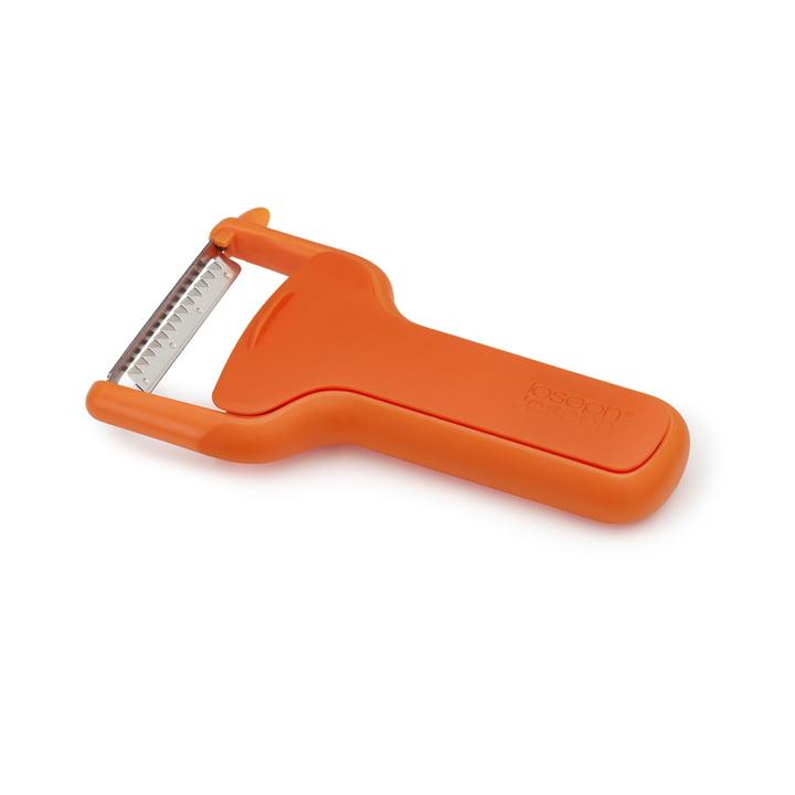 Der SafeStore Sparschäler mit Klingenschutz von Joseph Joseph in geriffelt / orange