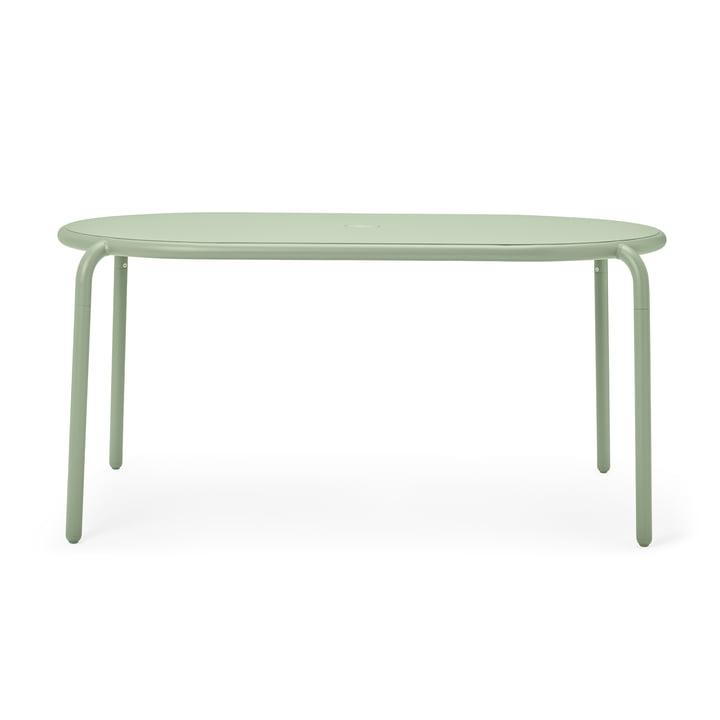 Der Toní Gartentisch von Fatboy, mist green