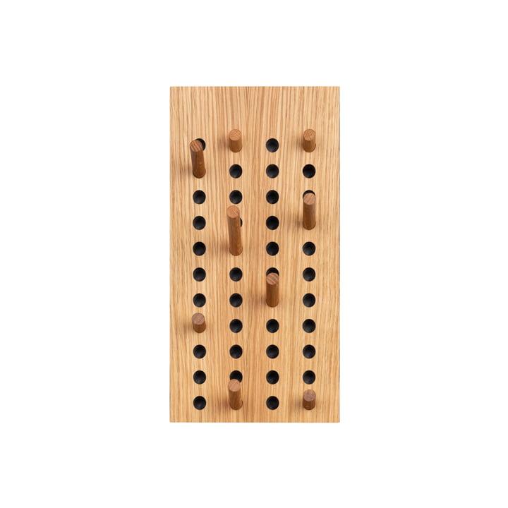 Scoreboard Garderobe klein vertikal von We Do Wood in Eiche natur