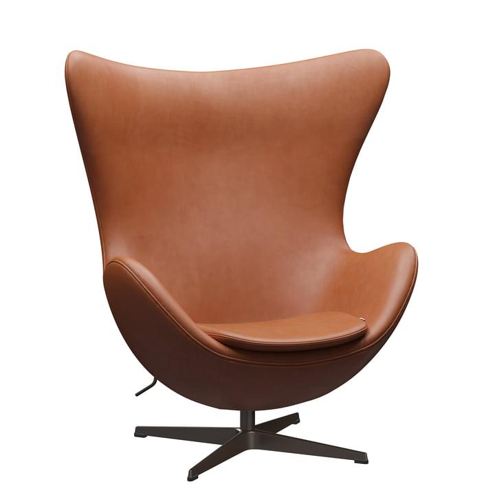 Der Egg Chair von Fritz Hansen, braun-bronze / Grace Leder walnuss