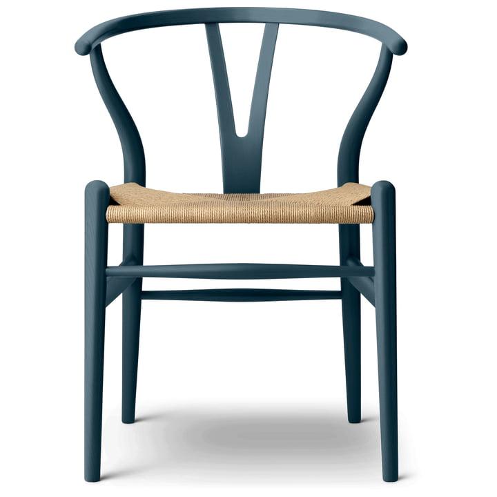 Der CH24 Wishbone Chair von Carl Hansen, north sea / Naturgeflecht (limitierte Edition)