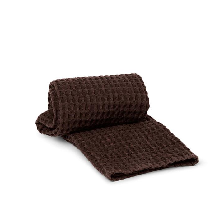 Organic Handtuch 50 x 100 cm von ferm Living in chocolate