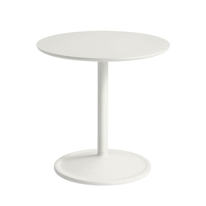 Soft Beistelltisch Ø 48 cm, H 48 cm von Muuto in off-white