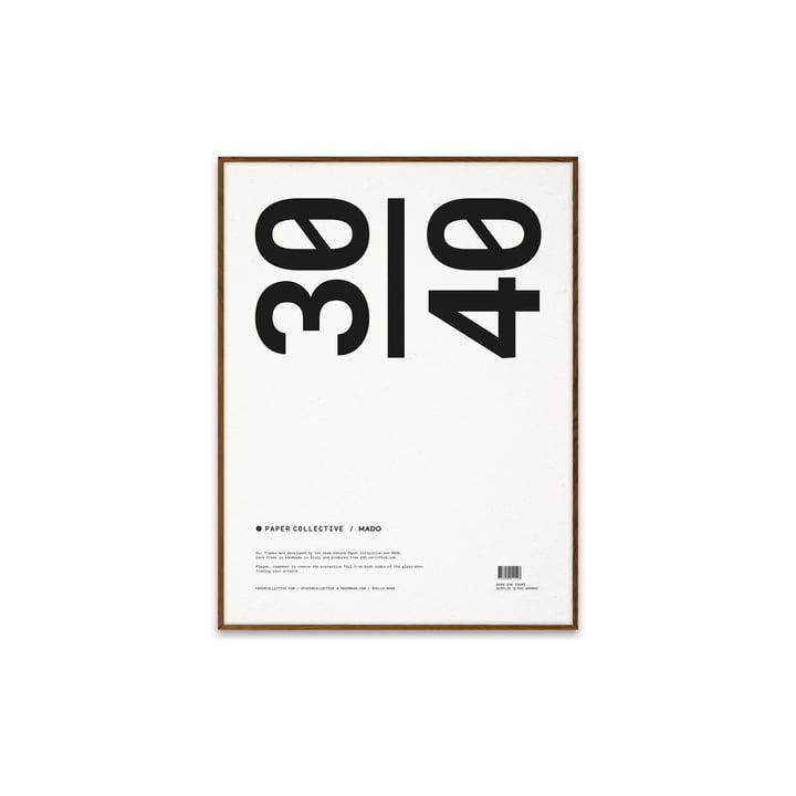 Bilderrahmen 30 x 40 cm von Paper Collective in Eiche dunkel