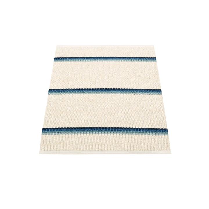 Olle Teppich , 70 x 90 cm von Pappelina in blue / vanilla
