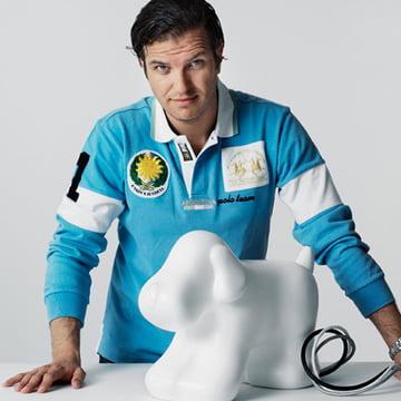 Kabelcontainer Woofy mit seinem Designer Gabriel Nigro