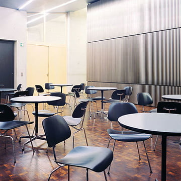 Contract Table Indoor von Vitra