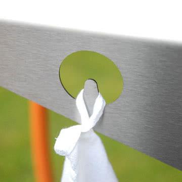 Radius Design - Blitzgrill, Detail Haken