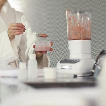 Kitchen Aid - Artisan Standmixer mit Glasbehälter, weiß