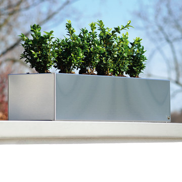 Radius Design- Blumenkasten Edelstahl