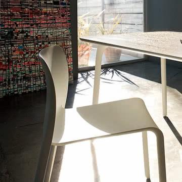 Magis - Table First mit Stuhl, weiß