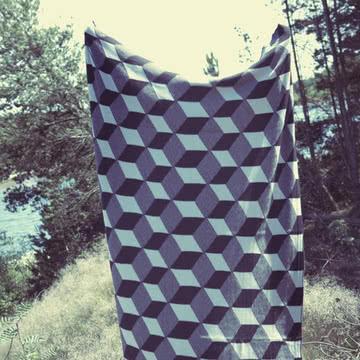 Knitted Blanket Decke Squares von ferm Living