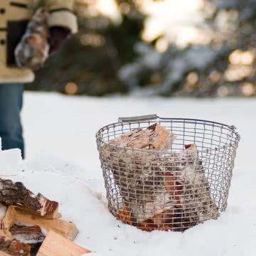Drahtkorb mit Henkel für Feuerholz