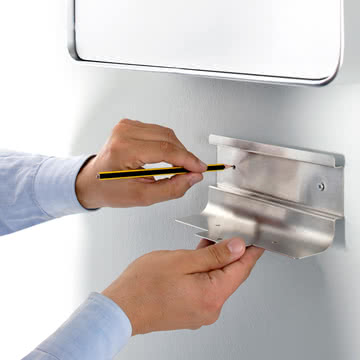 Authentics - Entrance Zeitungsbox