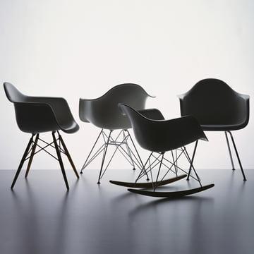 eames plastic armchair dax von vitra im shop. Black Bedroom Furniture Sets. Home Design Ideas