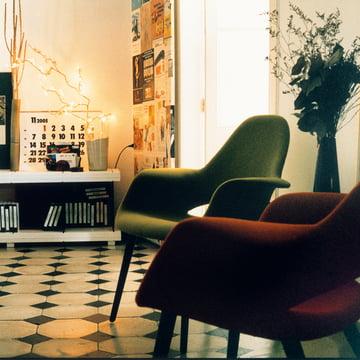 Vitra - Organic Stuhl, rot, grün / Esche schwarz - Gruppe