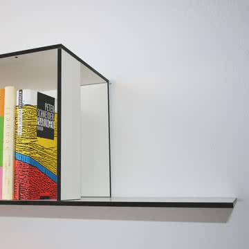 Jonas Jonas - Wallboard, weiß - Detail, untere Kante
