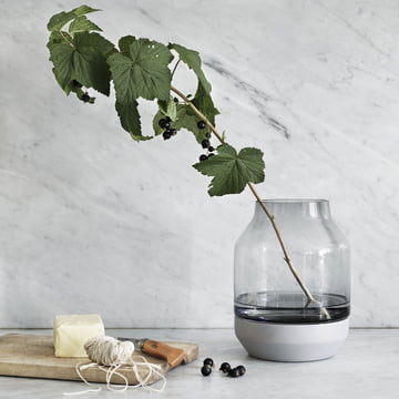 Muuto - Elevated Vase, Ambiente Grau