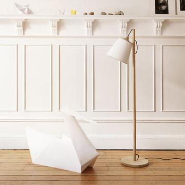 Ein Hingucker in jedem Wohnzimmer: Muuto Pull Stehleuchte