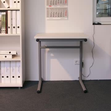 Flötotto - School Table, T-Gestell / Ambiente