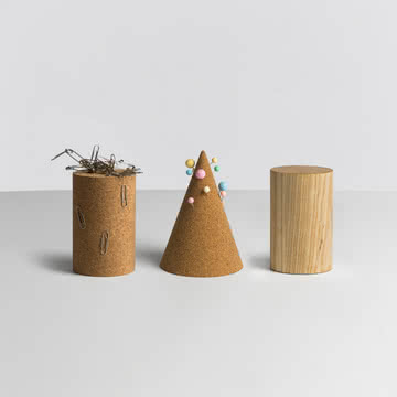 Hay - Cork Cone / Magnetic Tower - Gruppe