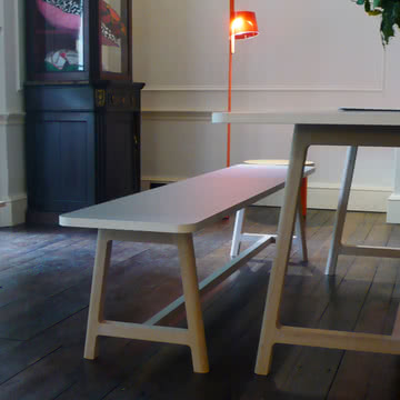 Hay - Frame Table
