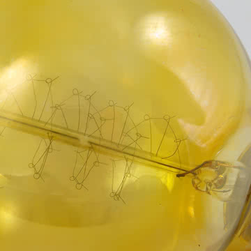 Glühbirne Globe von NUD Collection