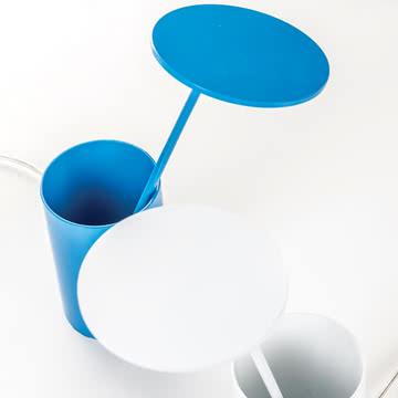 Formagenda - E.T. Tischleuchte, weiß, blau - oben