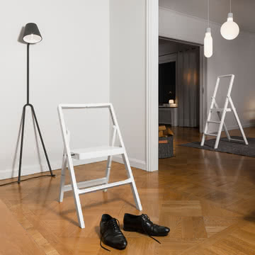 Design House Stockholm - Step Mini Trittleiter und Klappstuhl
