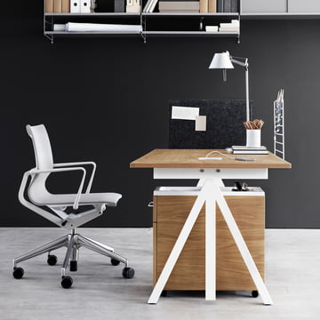 String - Works Schreibtisch