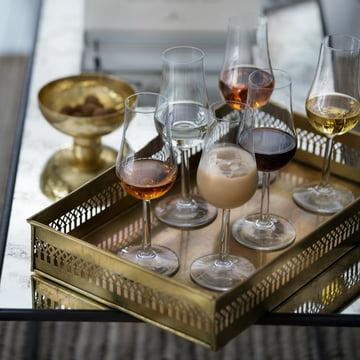 Stylish presentation of various liqueur types with the Servieren von Likörsorten mit den Rosendahl Grand Cru Likörgläsern