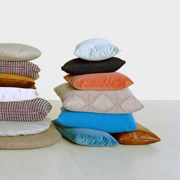 Sofakissen in verschiedenen Farben & Größen