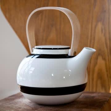 Omaggio Teekanne von Kähler Design