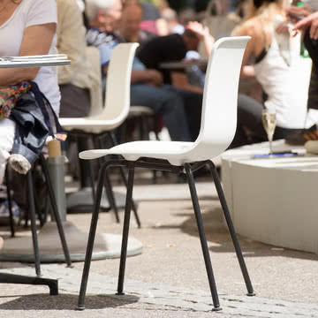 Hal Tube Stuhl von Vitra in Weiß/Schwarz