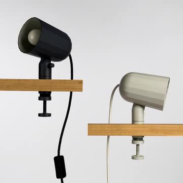 Moderne Klemmleuchten in Grau und Off-White
