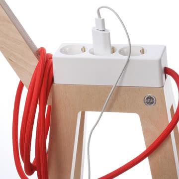 Njustudio - Stromer in Weiß und Rot