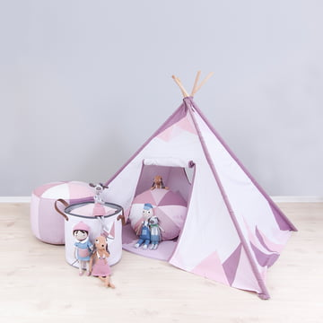 Zelt und Stoffkorb für kleine Indianermädchen