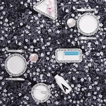 Decken aus der AJ Vintage Flowers Kollektion