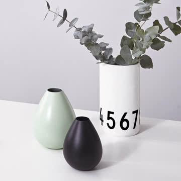 Vase für das SAS Royal Hotel