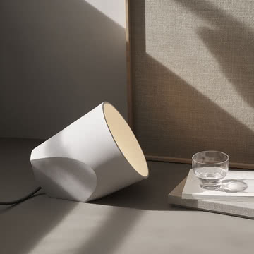 Menu - On The Edge Lamp Tischleuchte