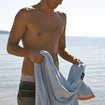 Kuscheliges Badehandtuch für den Strand