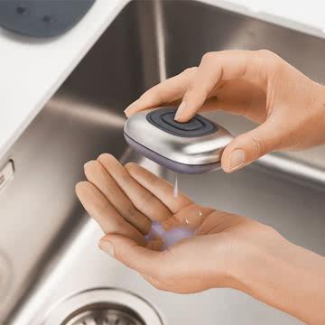 Silikonknopf zur Freigabe von Seife