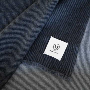 Die Square Wolldecke aus den Menu Nepal-Projects