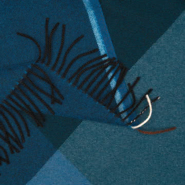 Colour Block Decke von Vitra in Blau