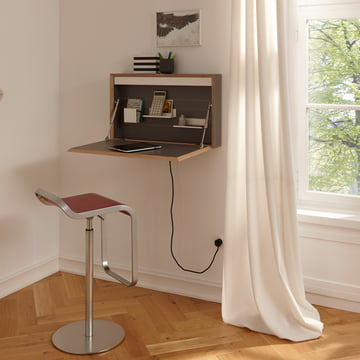 Flatbox Sekretär von Müller Möbelwerkstätten in hellem Arbeitszimmer