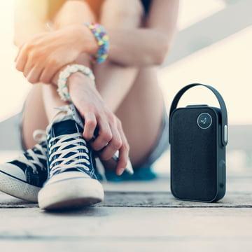 Der Libratone - One Click Bluetooth-Lautsprecher, cloudy grey