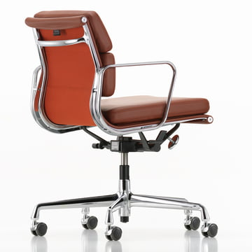 Soft Pad Chair EA 217 von Vitra