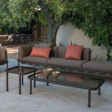 Dock Tische mit Sofa von Emu