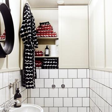Räsymatto Handtücher von Marimekko im Badezimmer
