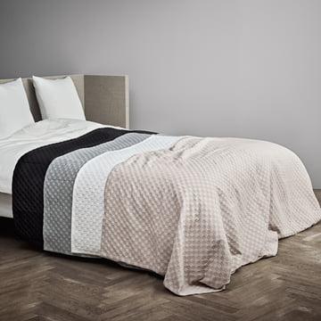 Caro Tagesdecke 190 x 260 cm von Juna im Schlafzimmer